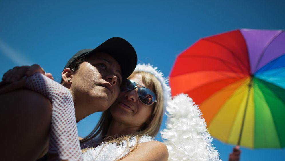 Unterschriftenaktion: Promis für die Homo-Ehe