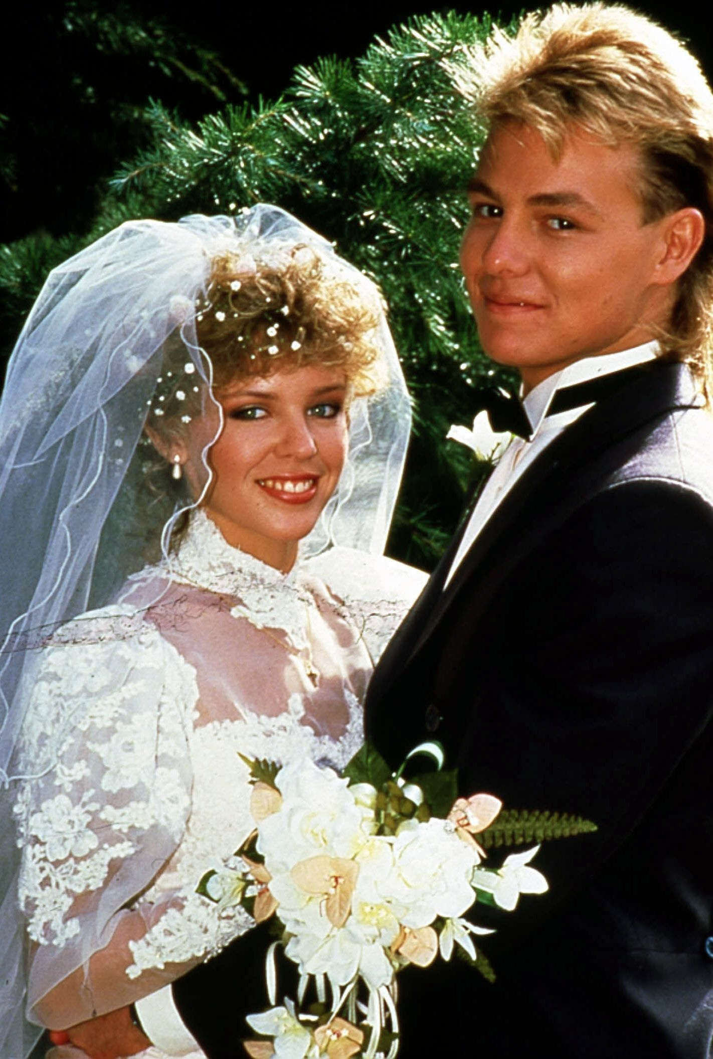 NEIGHBOURS CREDIT: GRUNDY TELEVISION KYLIE MINOGUE AS CHARLENE MITCHELL, JASON DONOVAN AS SCOTT ROBINSON PICTURE FROM T