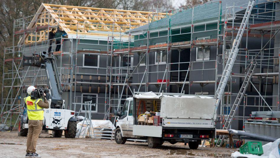 Bau einer Flüchtlingsunterkunft (in Hamburg)