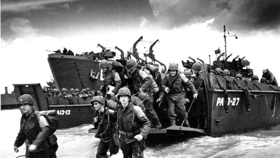 Amerikanische Soldaten in der Normandie im Juni 1944