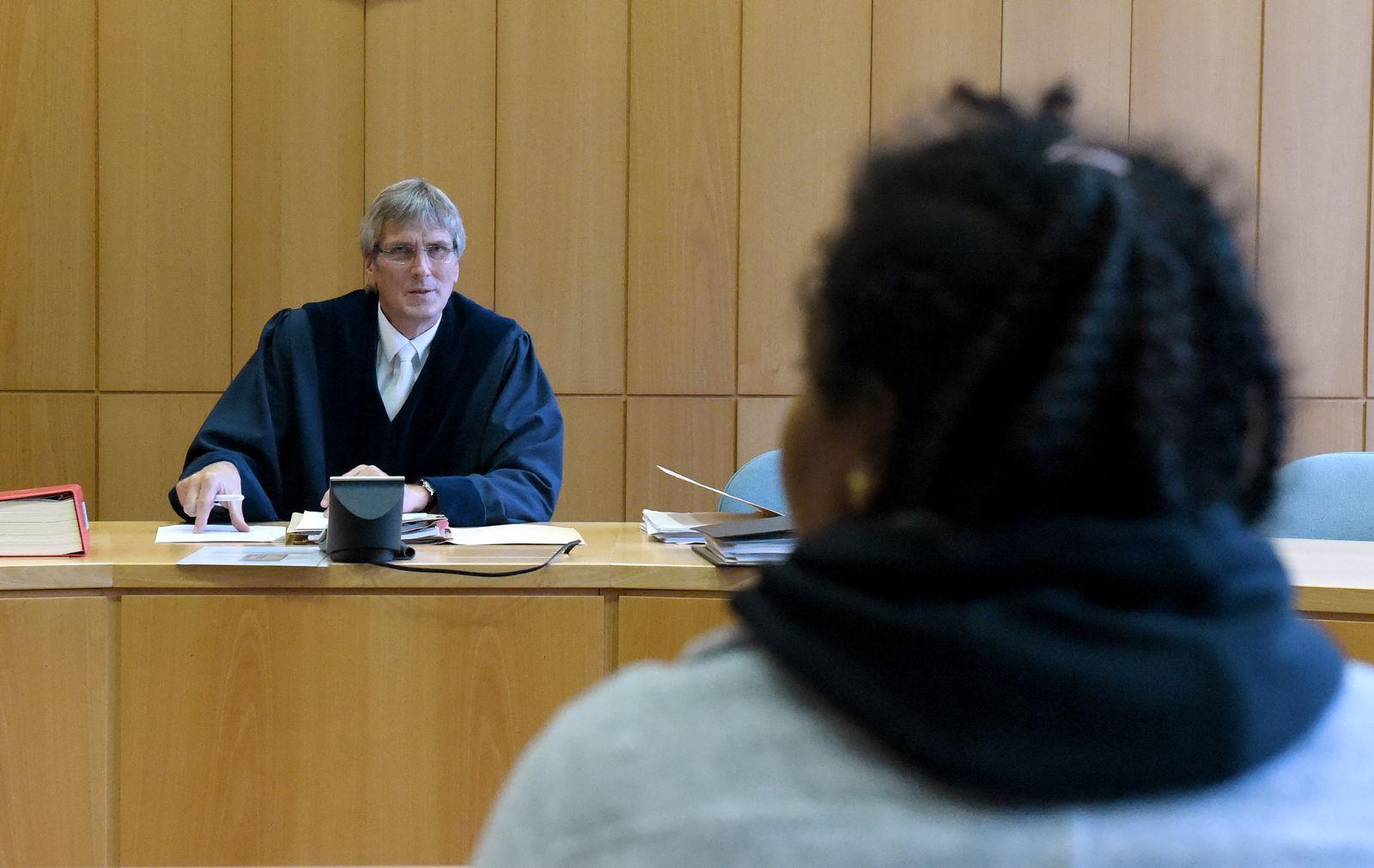 Asylverfahren machen Verwaltungsrichtern zu schaffen