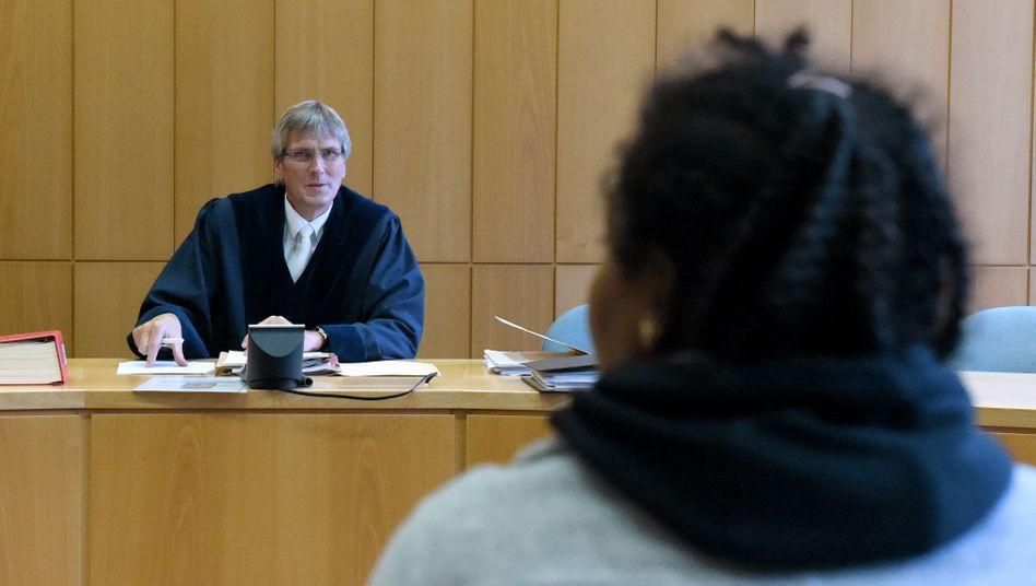 Asylverfahren (im Verwaltungsgericht in Schleswig)