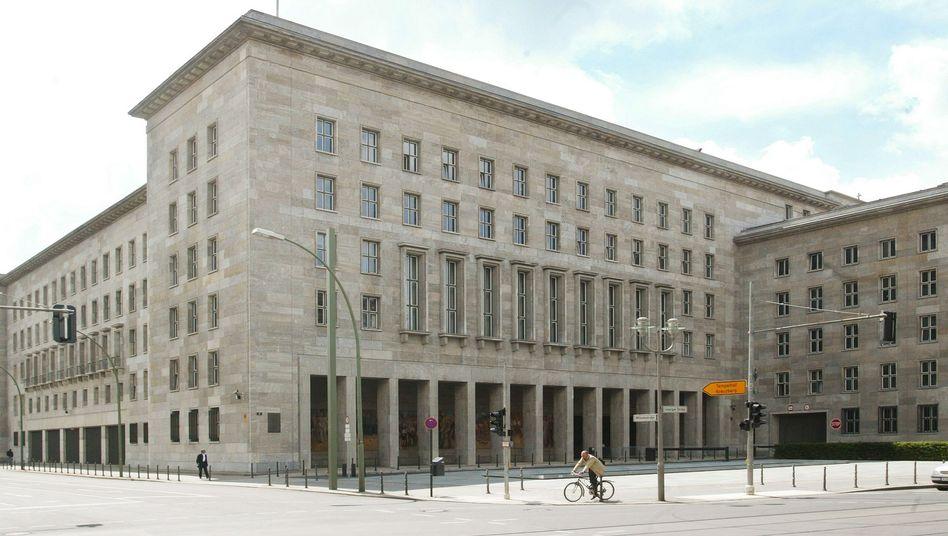 Bundesfinanzministerium in Berlin: Millionenhonorar für Anwaltskanzlei