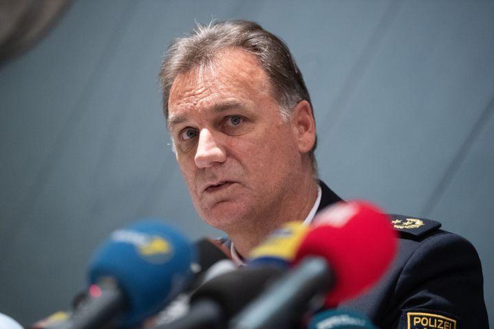 """Polizeipräsident Möller: """"Der Täter hatte einen Waffenschein"""""""