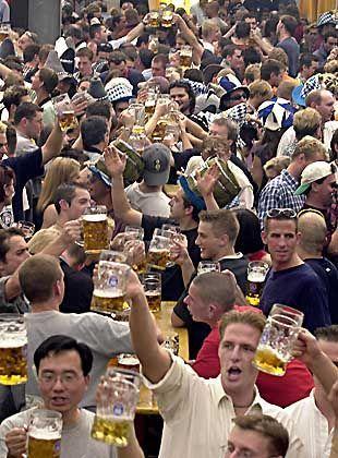 Biertrinken verbindet und befreit