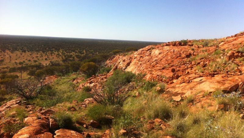 Blick über den Yarrabubba-Einschlagkrater: Treibhauseffekt durch Meteoriteneinschlag?