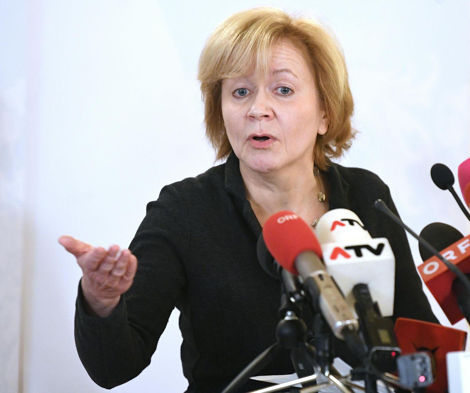 EINMALIGE VERWENDUNG Susanne Wiesinger