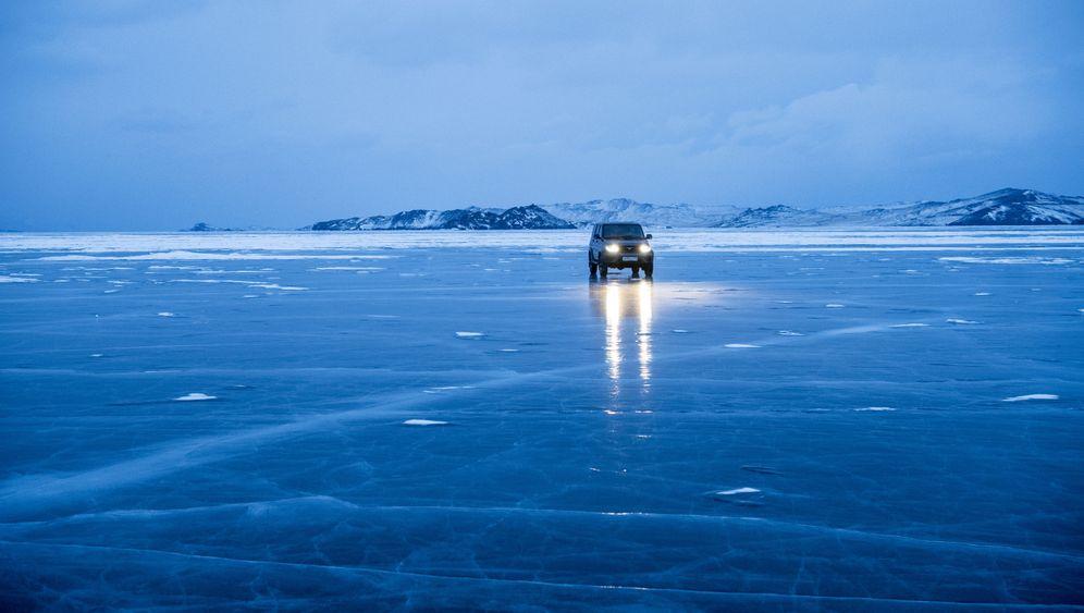 Michael Martin in Sibirien: Eiszauber des Baikalsees