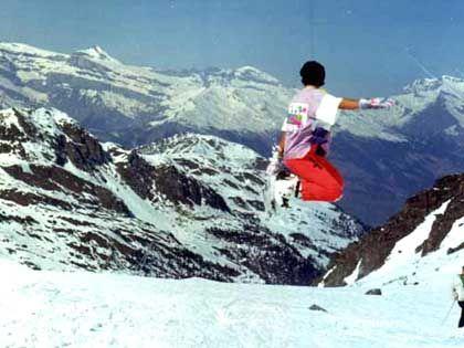 Als Snowboarder: Luftsprünge für die Jungwählerschaft