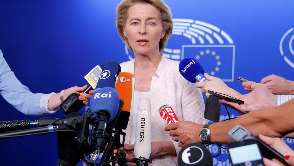 Noch-Verteidigungsministerin Ursula von der Leyen in Straßburg