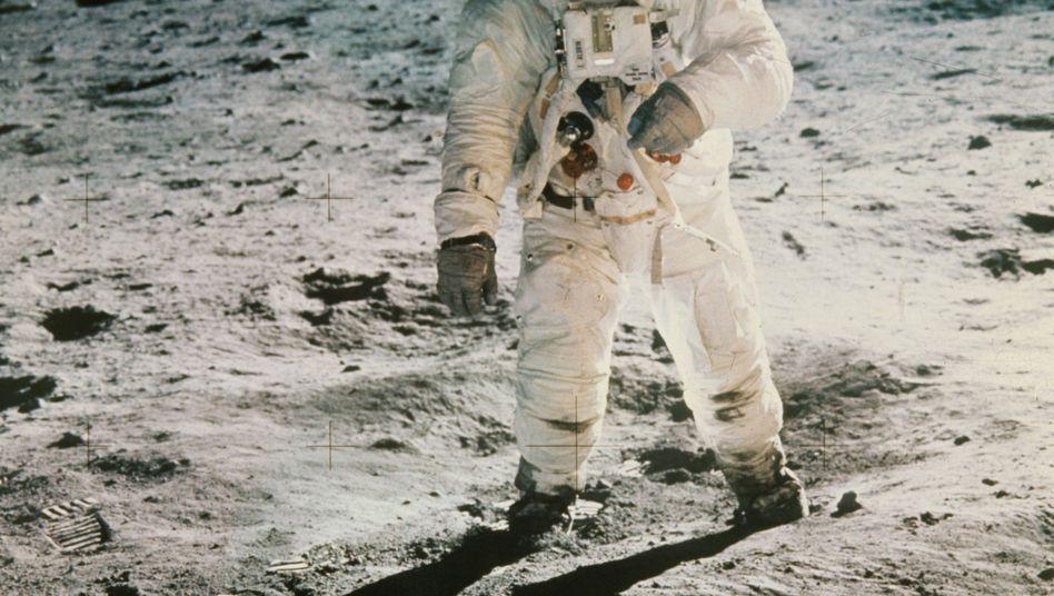 """US-Astronaut """"Buzz"""" Aldrin 1969 auf dem Mond"""