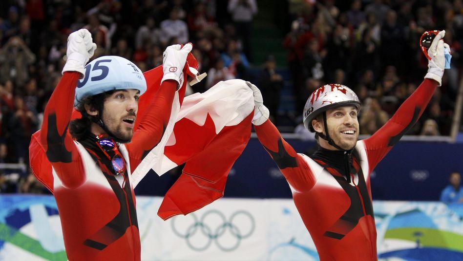 Shorttracker Hamelin (l.): Zwei Olympiasiege innerhalb einer Stunde