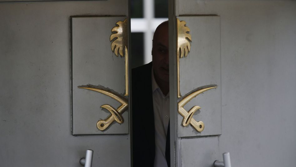 Eingang zum saudi-arabischen Konsulat in Istanbul