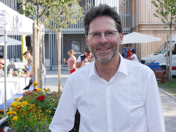 Gewofag-Chef Klaus-Michael Dengler beim Nachbarschaftsfest