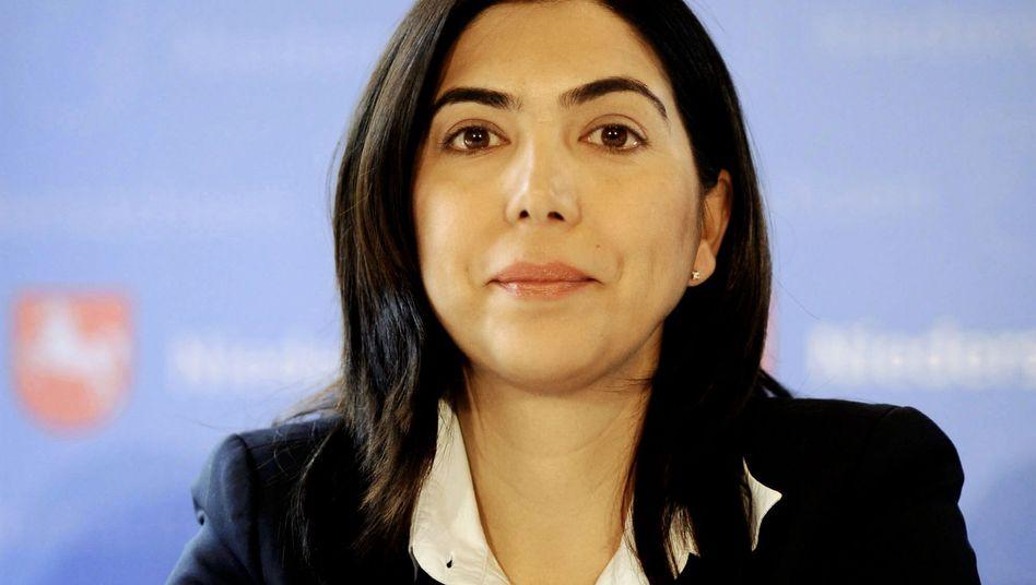 Aygül Özkan: Unions-Politiker wüten gegen ihre Kruzifix-Äußerungen