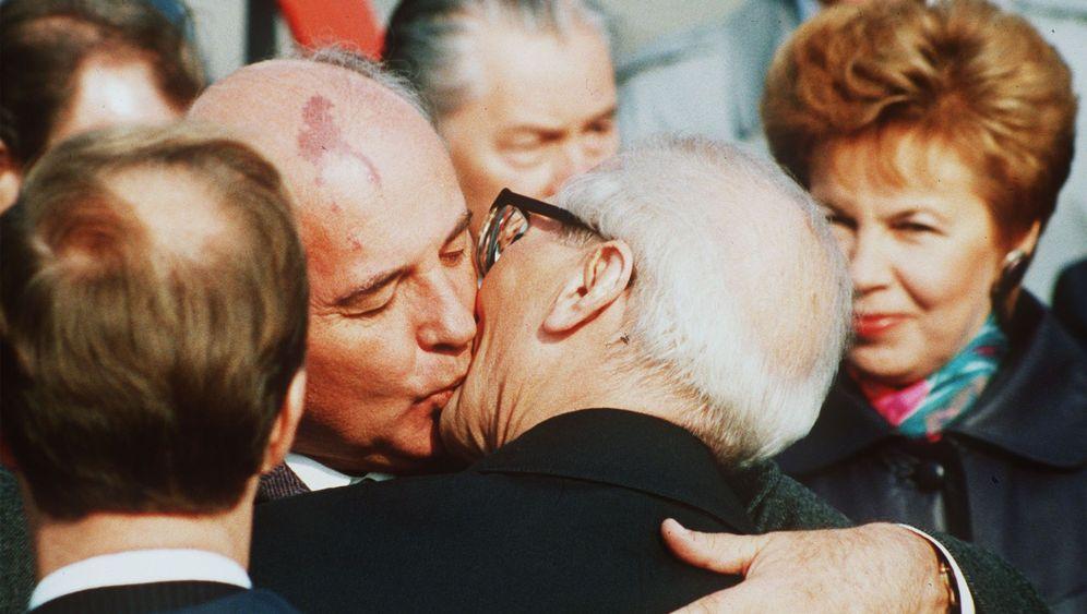 DDR-Affront gegen Moskau: Farbenlehre à la Honecker