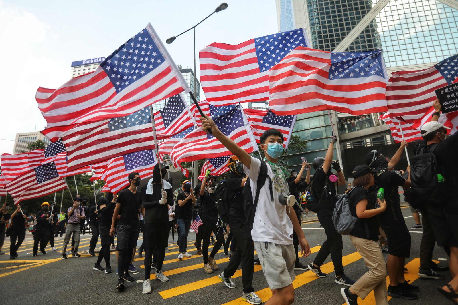 TOPSHOT-HONG KONG-CHINA-POLITICS-CRIME-UNREST