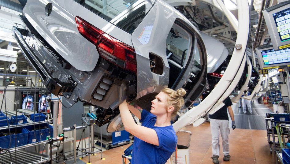 """Produktion des Golf 8 in Wolfsburg: """"Nicht verlässliche Datenübertragung"""""""