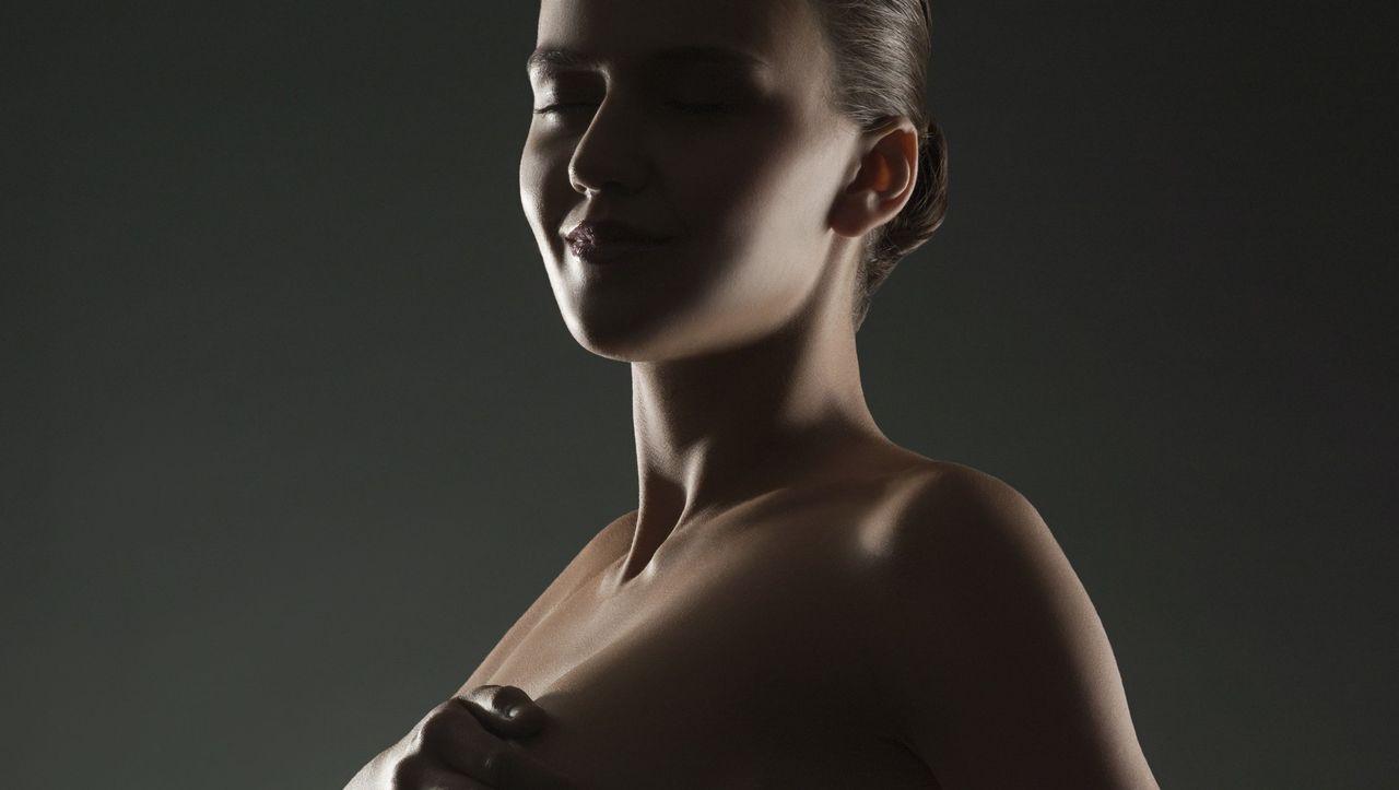 Stechen unterhalb der rechten brust