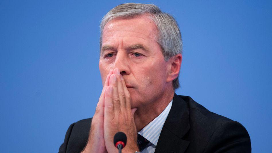 Deutsche-Bank-Chef Fitschen: Kritik aus allen Parteien - mit Ausnahme der FDP