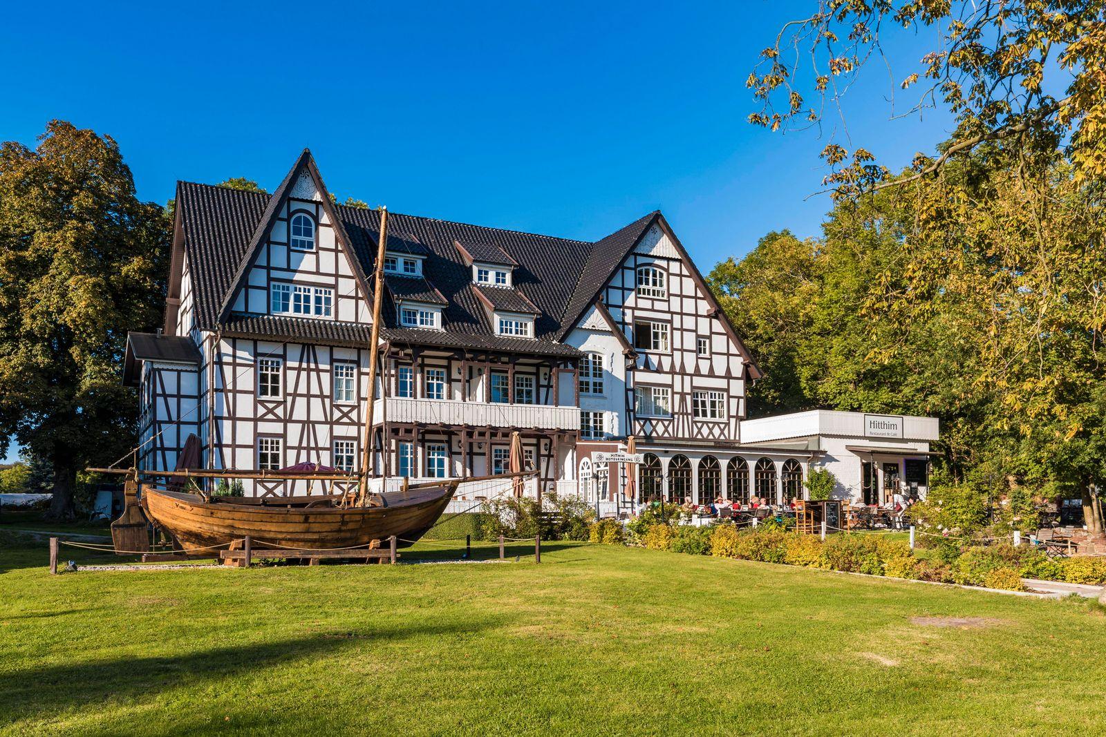 Restaurant und Cafe im Hotel Hitthim, Kloster, Insel Hiddensee, Mecklenburg-Vorpommern, Deutschland, Europa *** Restaura