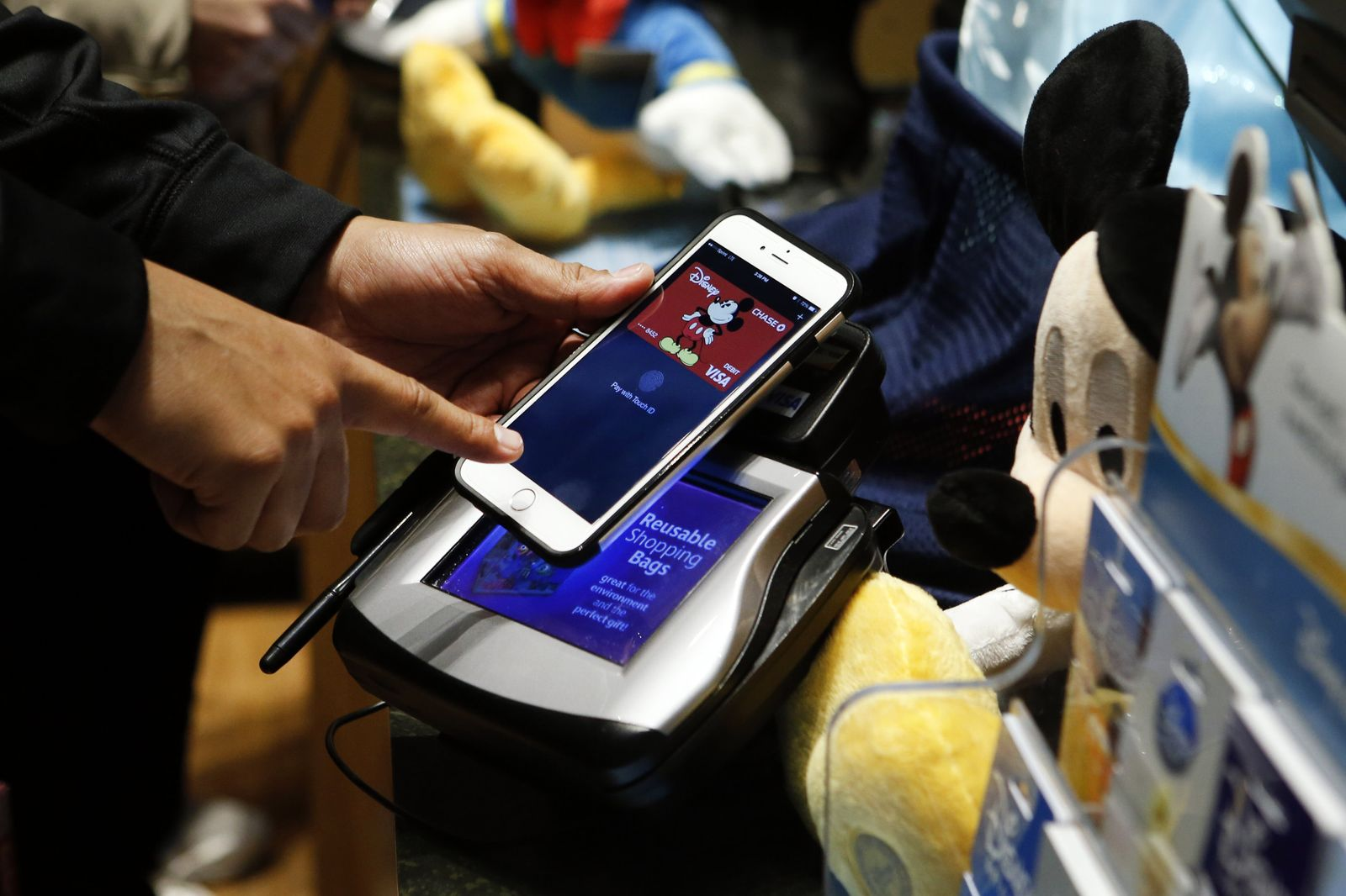Apple Pay Purchase at Disney Store