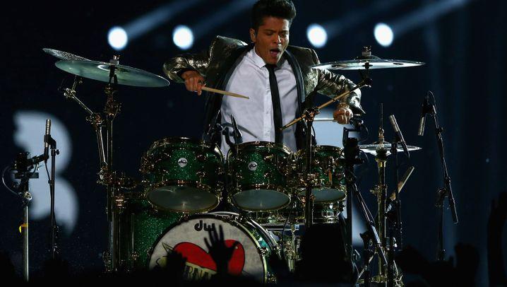 Super Bowl: Bruno und die Chili Peppers