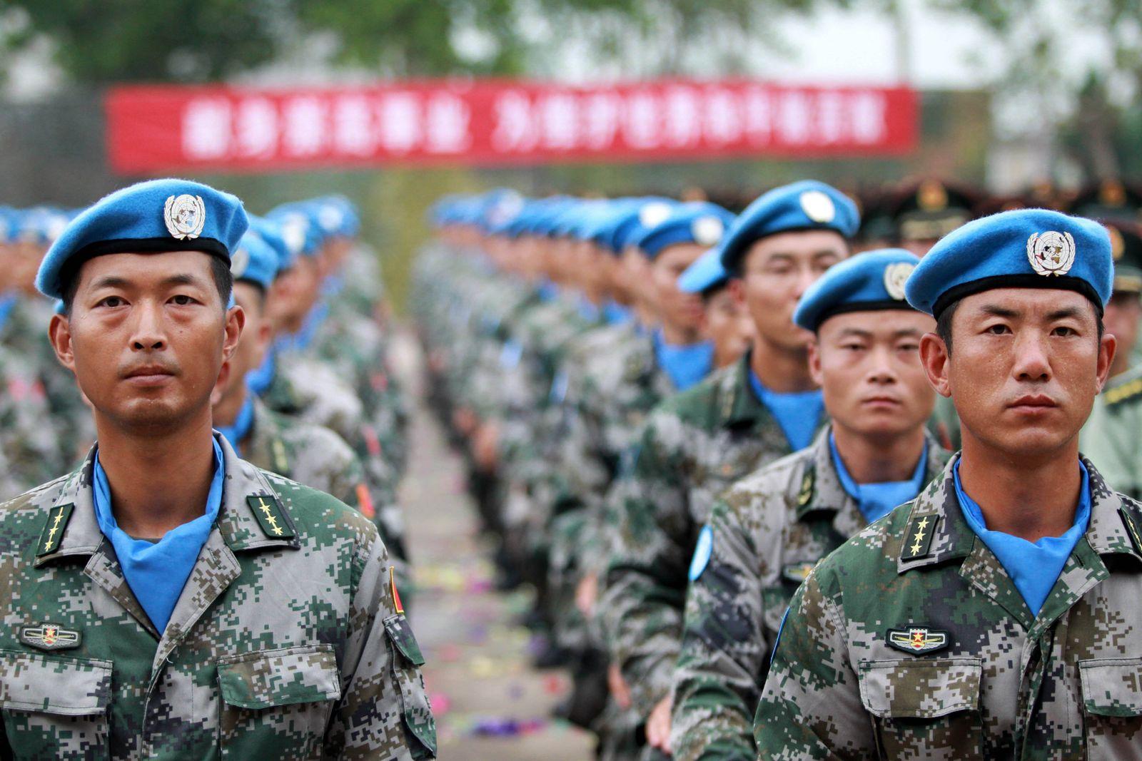 EINMALIGE VERWENDUNG China/ Blauhelme/ Sudan/ UN/ UNO