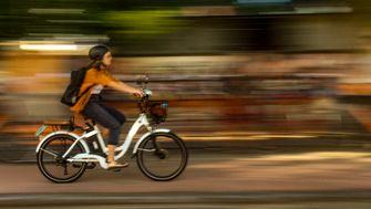 Worauf Radfahrer beim Kauf eines E-Bikes achten müssen