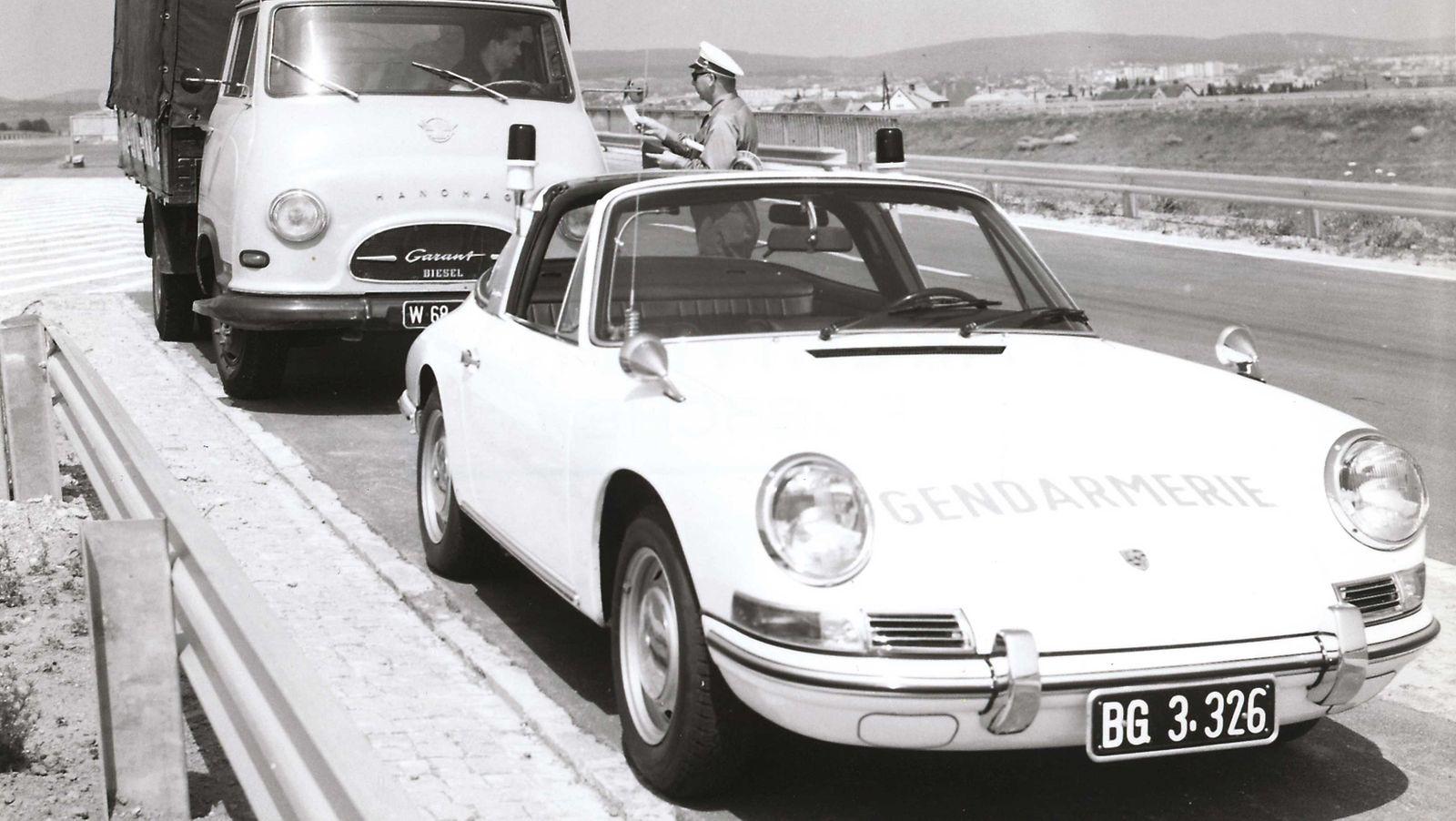 Porsche 911 der Polizei