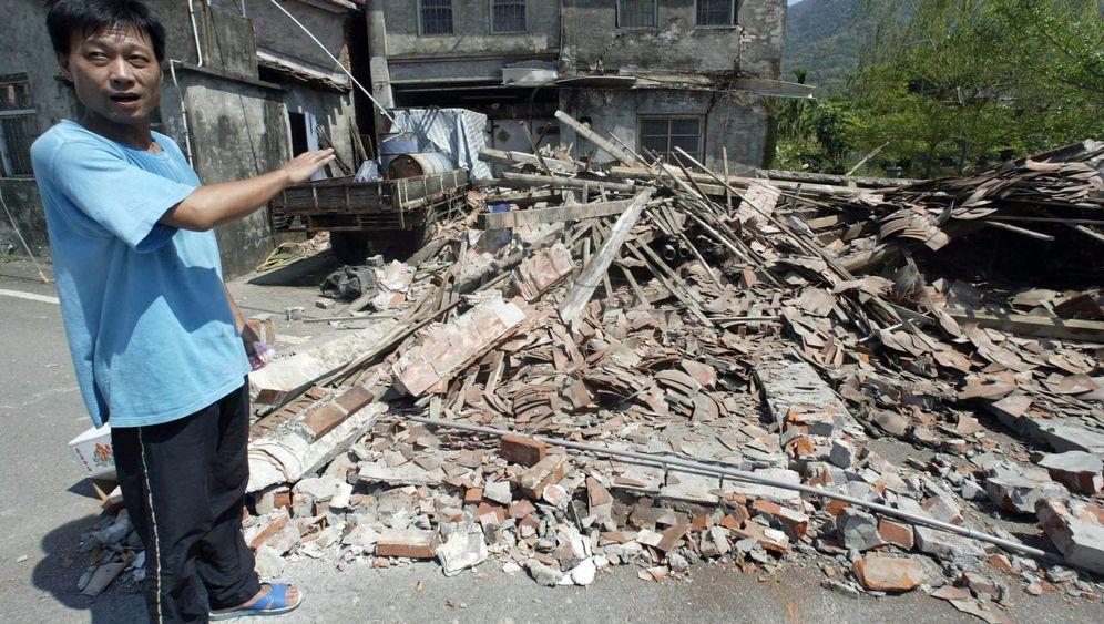 Erdbeben in Taiwan: Eingestürzte Häuser und mehrere Verletzte