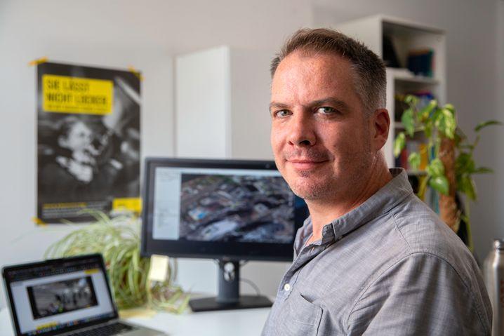Bei der Arbeit von Sam Dubberley, Leiter des »Evidence Lab« von Amnesty International, kommt es auf schnelle Reaktionen an