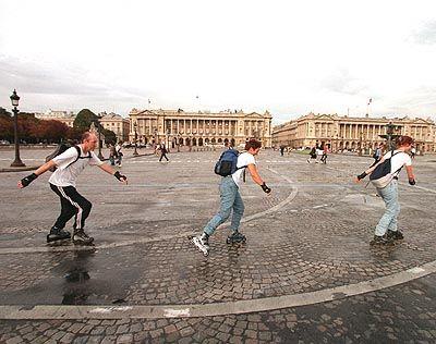 Autofreie Sonntage, so wie im September 1999 in Paris, soll es demnächst auch in Deutschland geben
