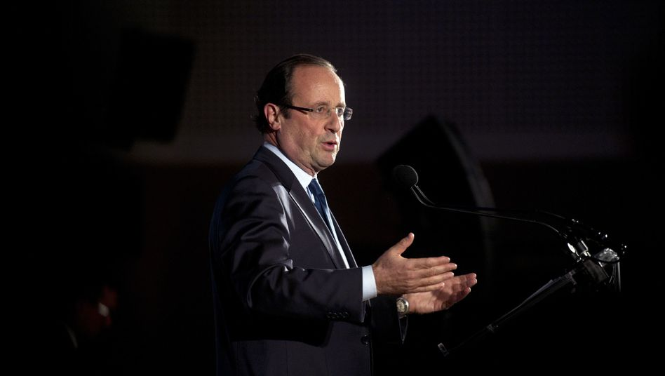 "French Presidential Candidate François Hollande: ""I think it doesn't make sense to insist."""