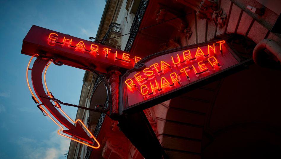 Restaurant in Paris: Ausgangssperren für die Ballungsräume