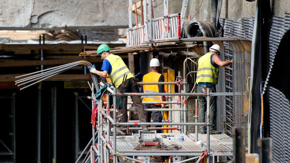 """Baustelle in Hamburg (August 2014): """"Insgesamt gestiegene Erwerbsneigung"""""""
