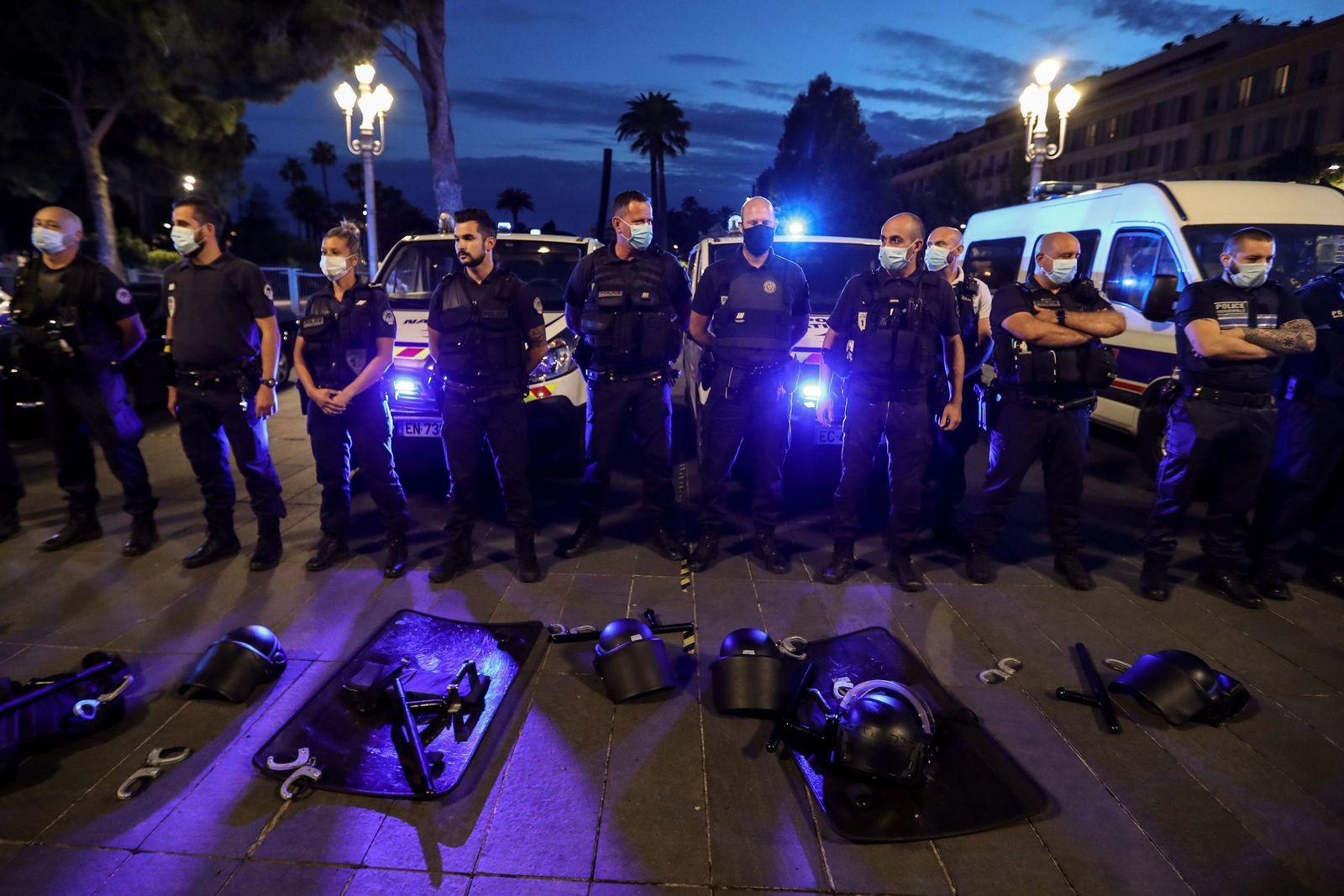 Polizisten in Frankreich protestieren
