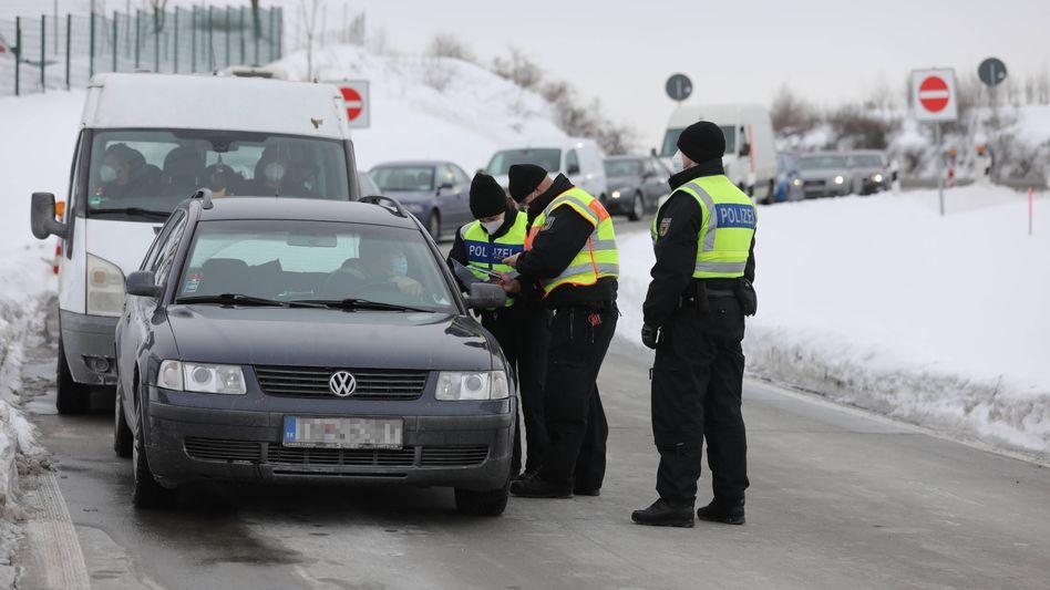 Bundespolizisten an der Grenze zu Tschechien