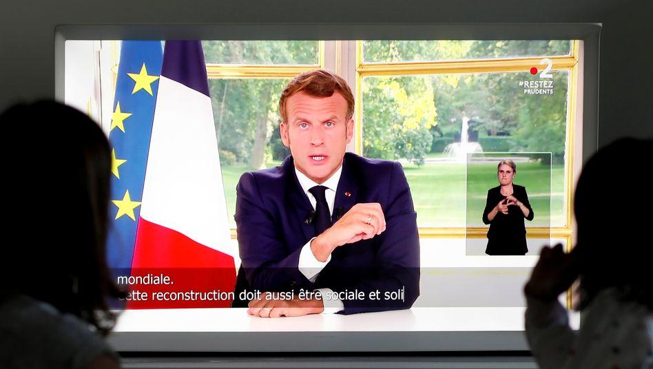 """Macron bei Fernsehansprache: """"Die Republik wird keine Namen aus ihrer Geschichte löschen"""""""