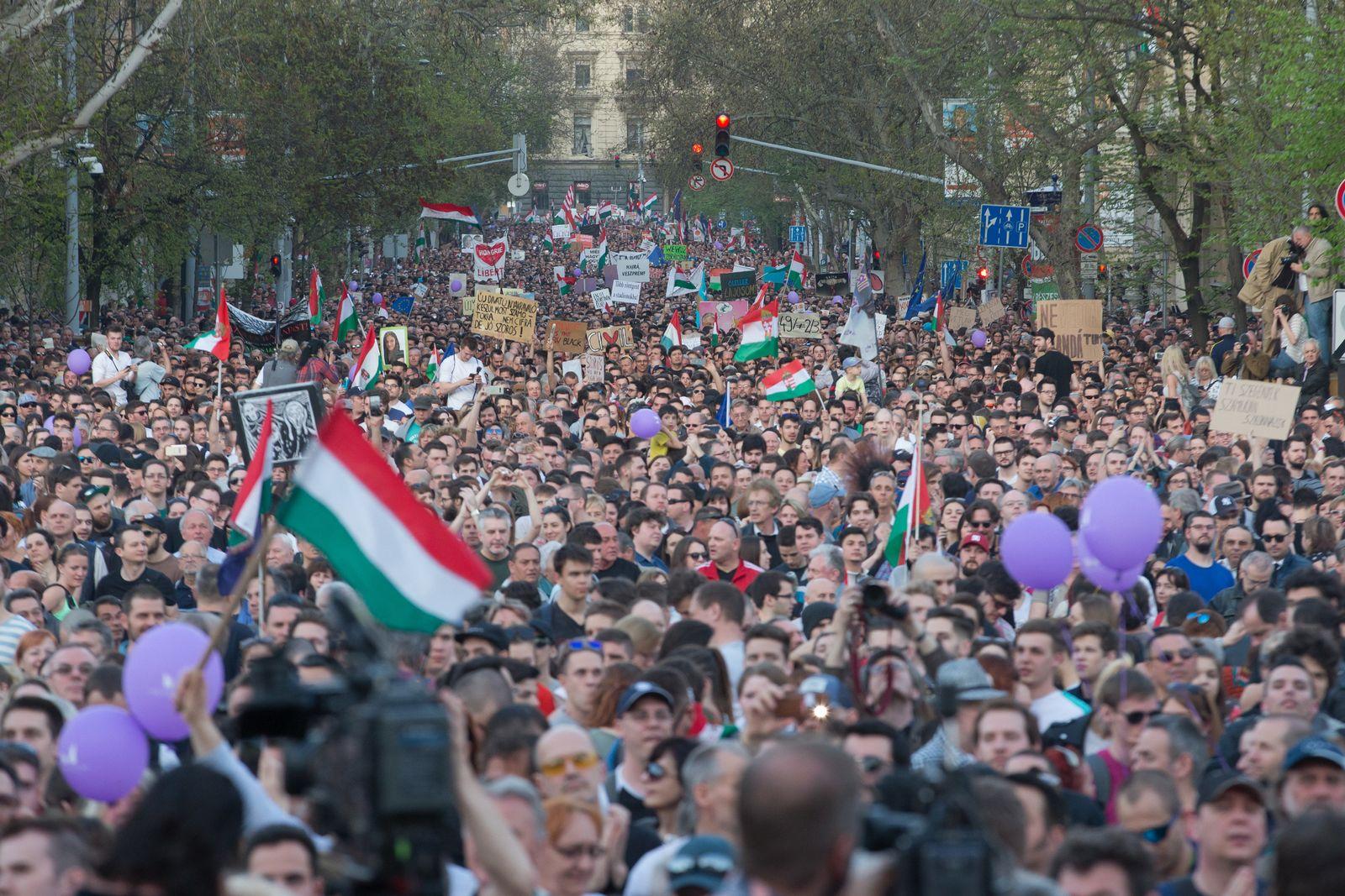 Budapest/ Ungarn/ Demonstration/ Pressefreiheit