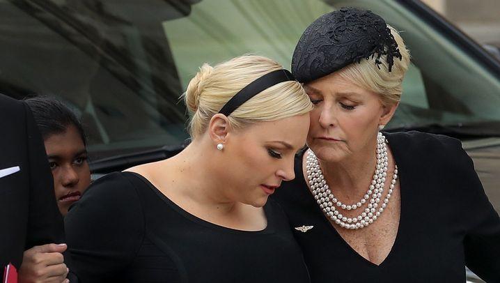 """Trauerfeier für McCain: """"Amerika war immer schon großartig"""""""
