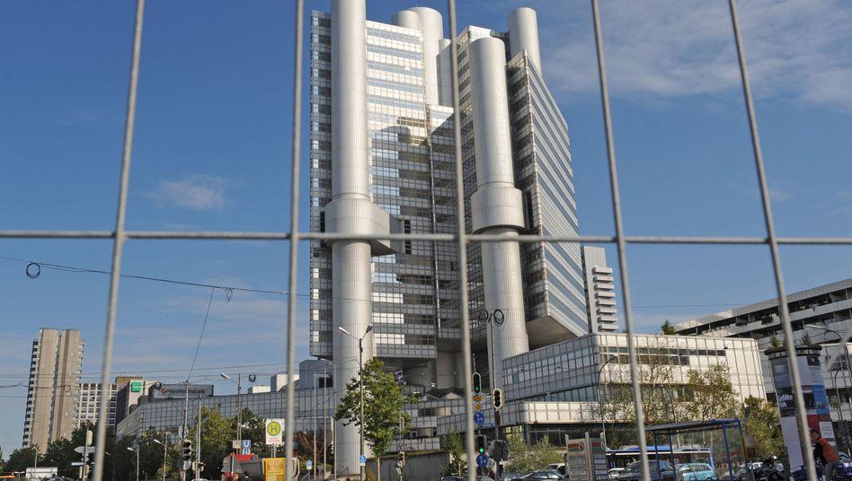 HVB-Hochhaus in München: Ermittlungen gegen Mitarbeiter der Bank