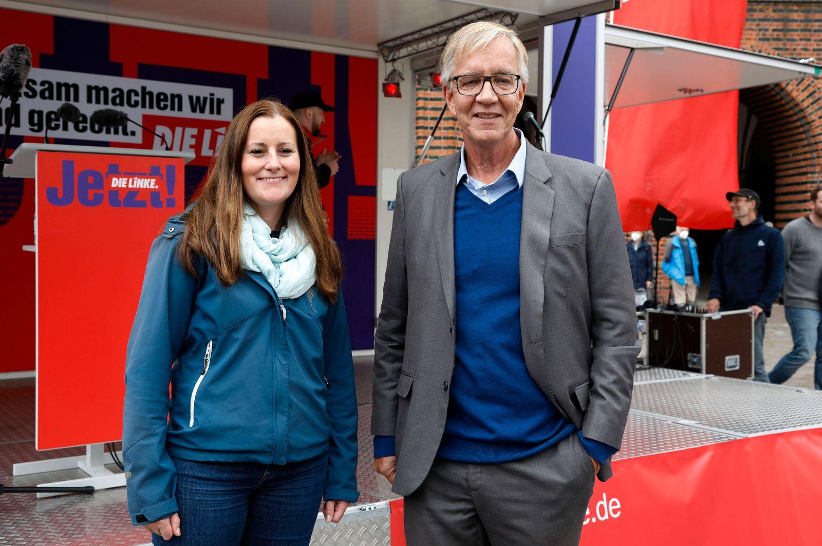 News Themen der Woche KW34 Janine Wissler und Dietmar Bartsch bei der Städtetour der Partei Die Linke zur Bundestagswahl