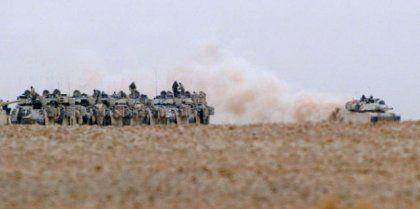 Vormarsch: Die Panzer der dritten Infanterie-Division sind bereits bis in die Nähe von Nadschaf vorgerückt