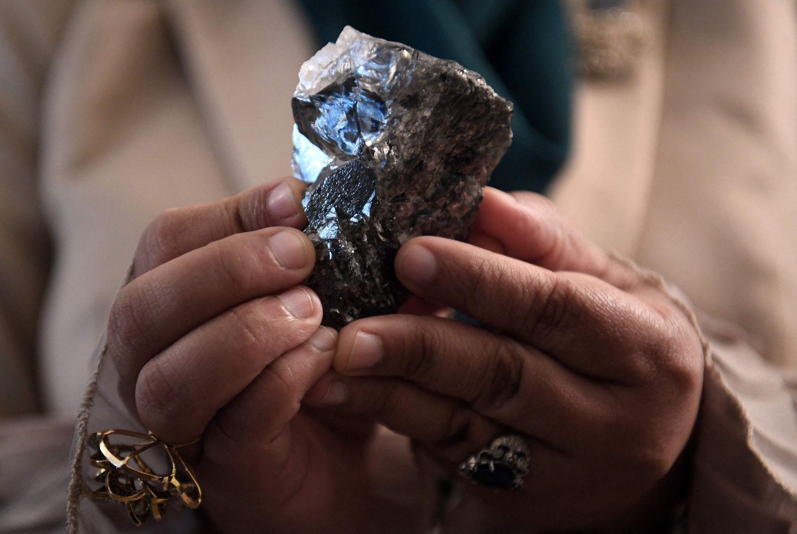 CORRECTION-BOTSWANA-MINING-DIAMOND