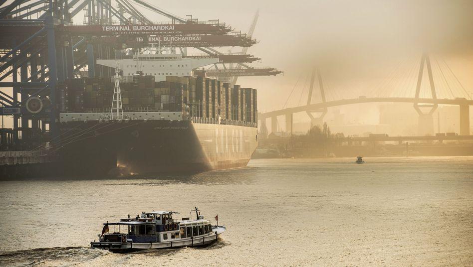"Das weltgrößte Containerschiff ""Marco Polo"" in Hamburg: Exportrekord 2012"