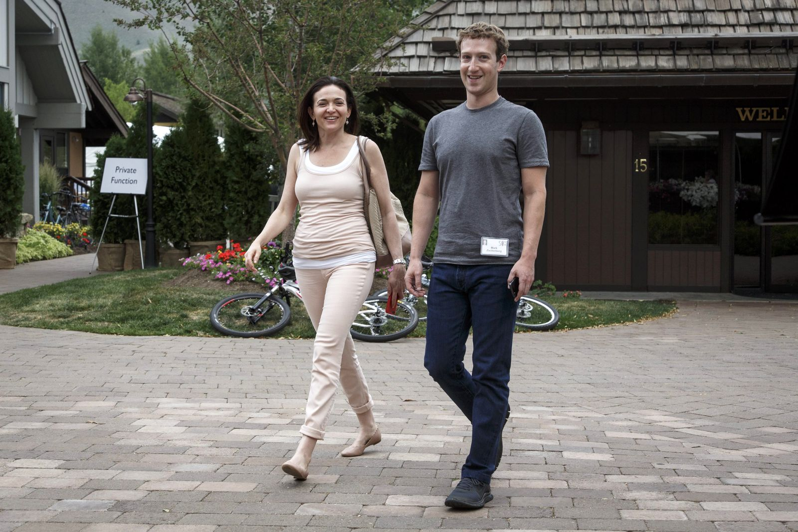 Mark Zuckerberg / Sheryl Sandberg