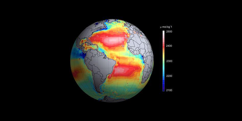 CO2 in den Ozeanen: Blau und Grün stehen für saureres Wasser