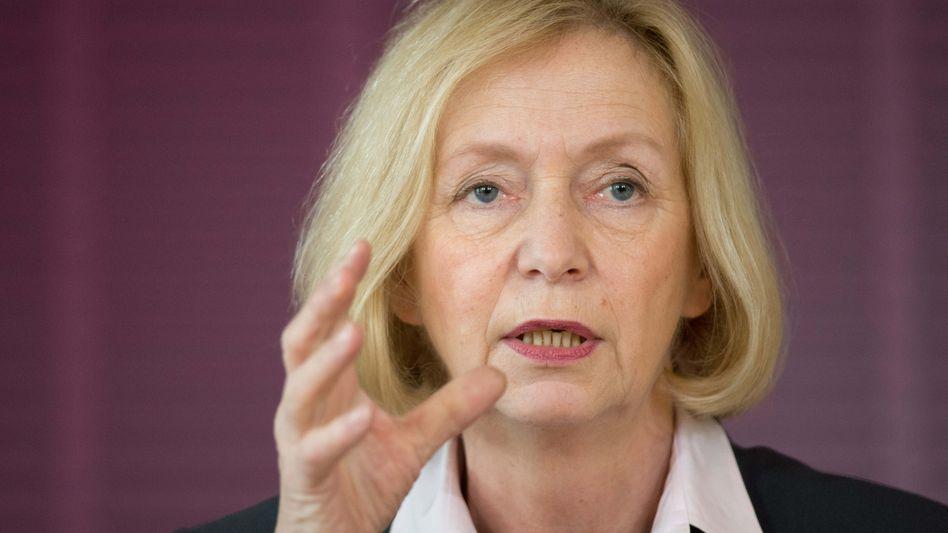 Bundesbildungsministerin Wanka (CDU): Bildungsministerin plant Pilotprojekte für Studienabbrecher