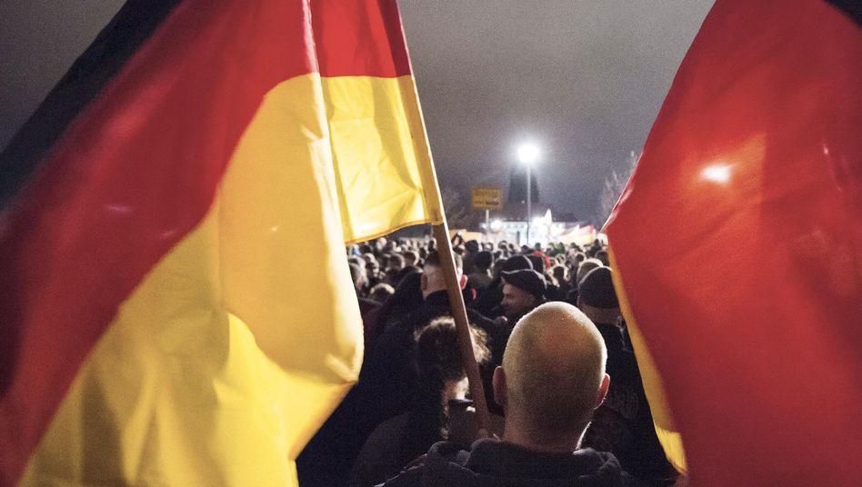 Pegida-Demonstration in Dresden: Es geht auch gegen die etablierte Politik